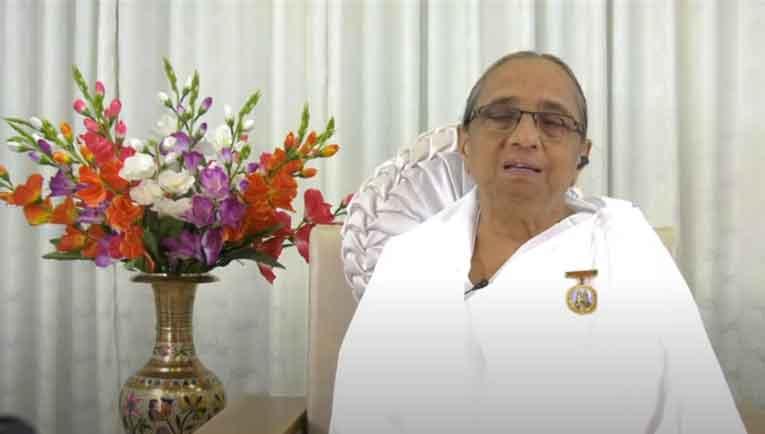 Live : 8-7-2020 : Karmatit Banne ki pursharth yatra Rajyoga by Geeta Didi, Madhuban