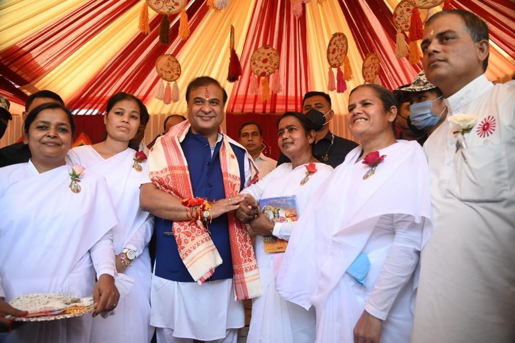 Guwahati: Governor and Chief Minister of Assam Tied Rakhi by Brahma Kumaris
